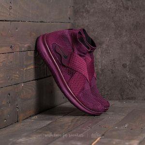 Nike Free RN Motion Flyknit sz 7.5